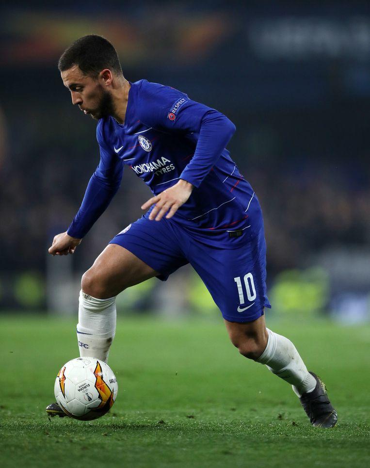 Eden Hazard in actie tijdens de halve finale tegen Frankfurt. Morgen speelt hij in Azerbeidzjan de finale tegen Arsenal. Beeld Photo News