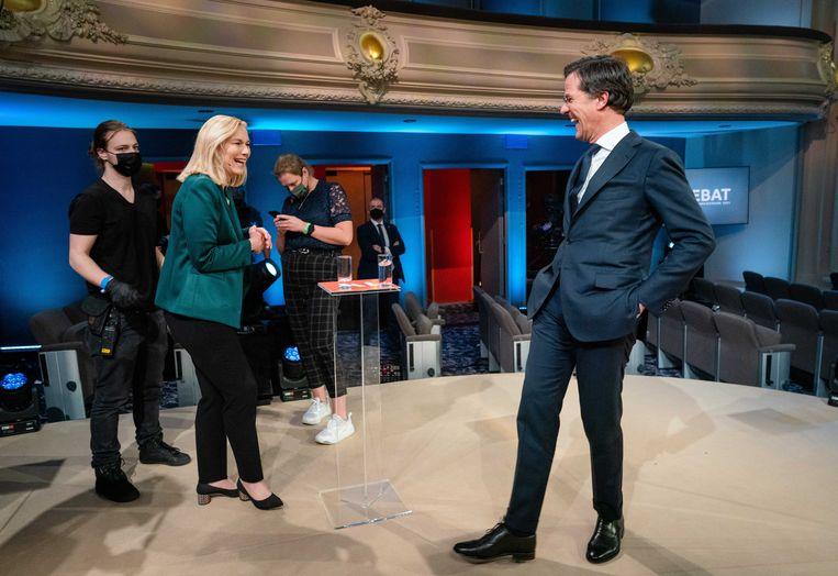 Kaag en Rutte bij hun debat van EenVandaag op 15 maart. Zij werden winnaars van de verkiezingen.  Beeld EPA