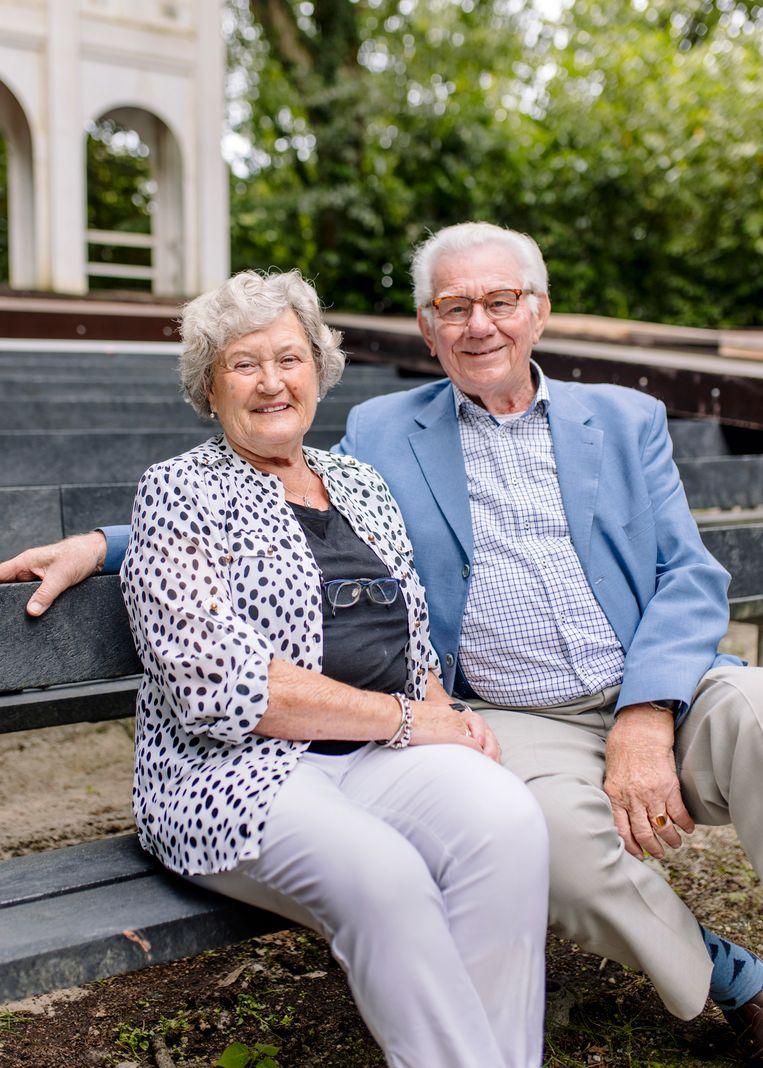 Bezoekers Tiny Zijlstra-Heuckeroth en Gerhard Zijlstra. Beeld Marleen Annema