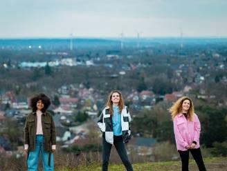 'Vlaanderen Vakantieland' keert terug op 1 mei, en Maureen, Laura Govaerts en Soe Nsuki presenteren