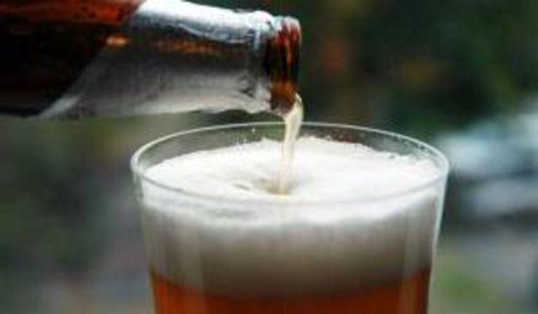 Bier (De Gelderlander) Beeld