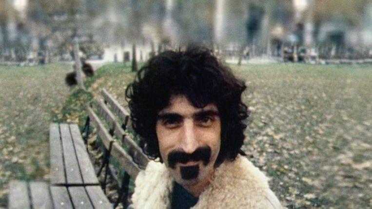Zappa - Documentary (USA/GBR-2020) - Alex Winter - Caption: Frank Zappa Beeld TMDb