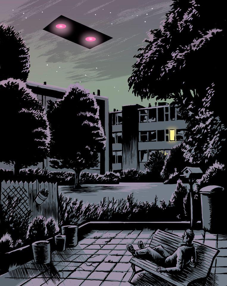 Lars blíjft maar vertellen over die avond dat hij drie vreemde voertuigen aan de hemel spotte. Beeld Erik Kriek
