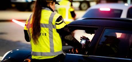 Politie controleert in Tilburg en Goirle: twee automobilisten raken rijbewijs kwijt
