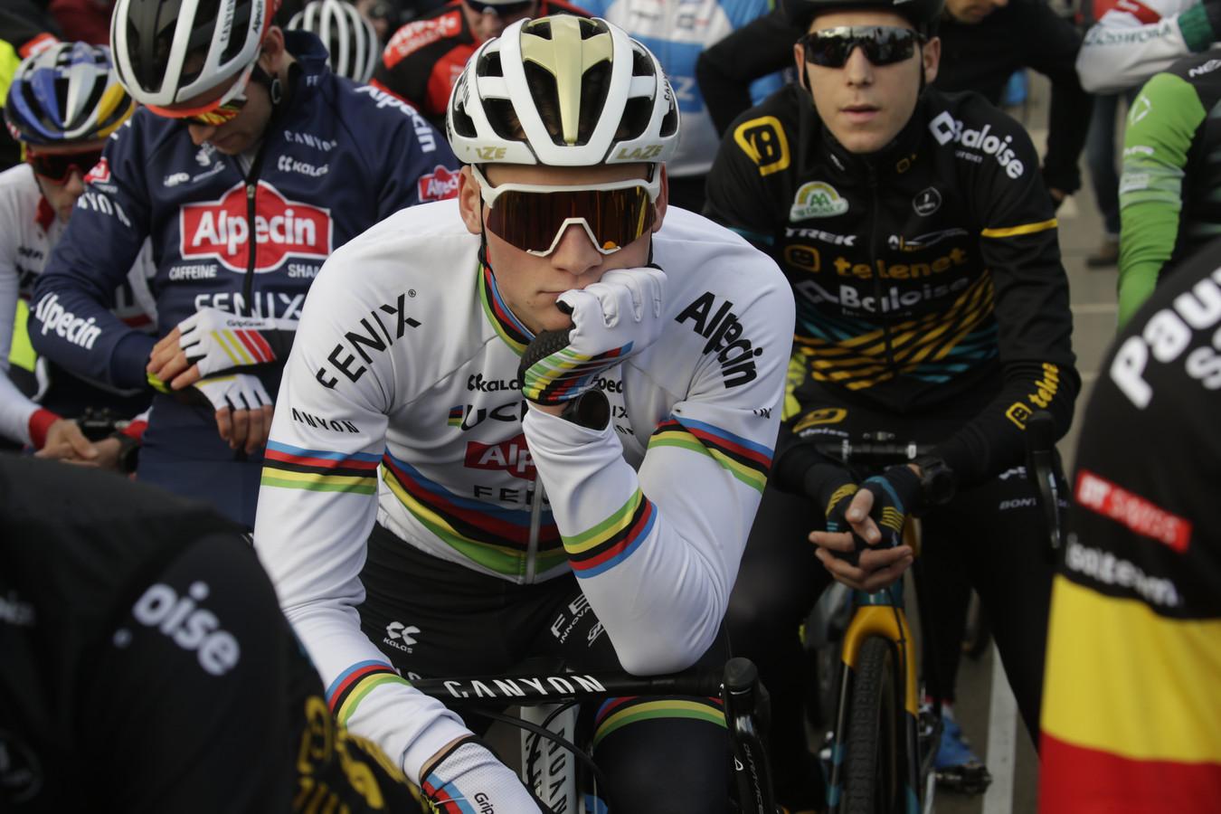 Mathieu van der Poel voor de start.
