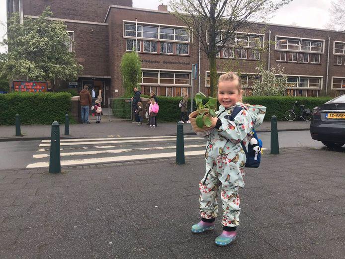 Rosa onderweg naar school