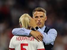 Neville wil in Lyon geen tranen zien