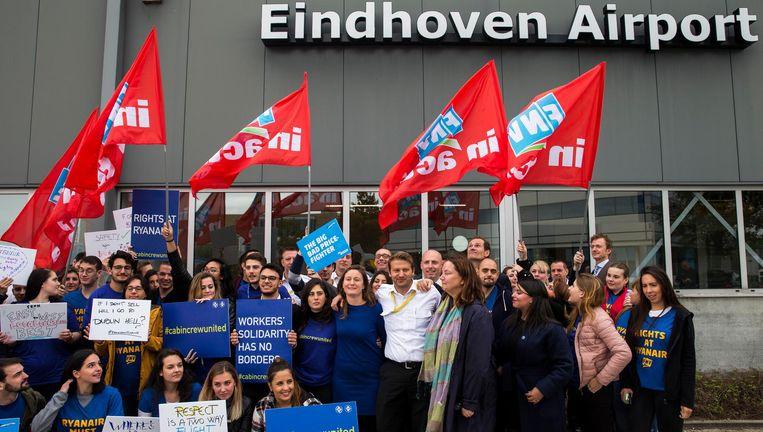Ryanair maakte onlangs bekend dat de vier vliegtuigen die op Eindhoven Airport zijn gestationeerd, worden weggehaald Beeld ANP