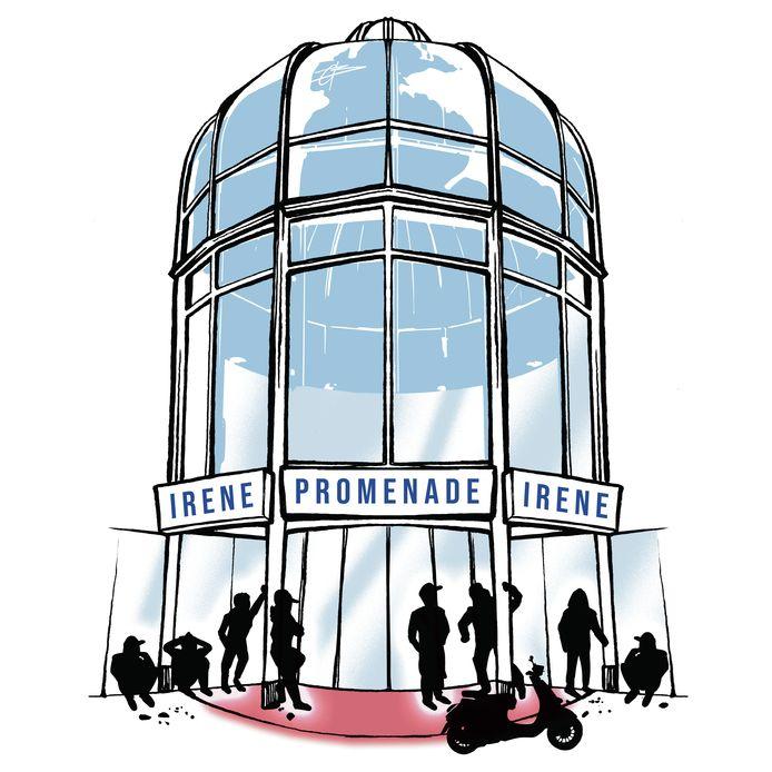 Chillen bij de ingang van de Irene Promenade. Er zijn mensen die hierdoor niet meer naar de supermarkt durven.