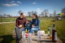 Kamperen op het weiland van een landbouwer in onze regio kan opnieuw vanaf nu.