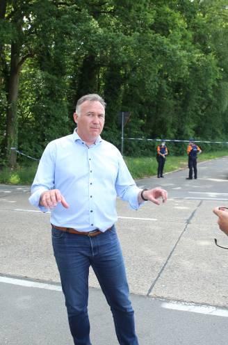 """INTERVIEW. Burgemeester Johan Tollenaere over de meest absurde dag: """"Ik begrijp dat mensen dit een ongeloofwaardig verhaal vinden, maar het is écht zo gegaan"""""""