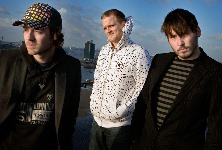 Voicst vlnr Tjeerd Bomhof (zang/gitaar), Sven Woodside (bas) en Joppe Molenaar (drum). Foto ANP Beeld