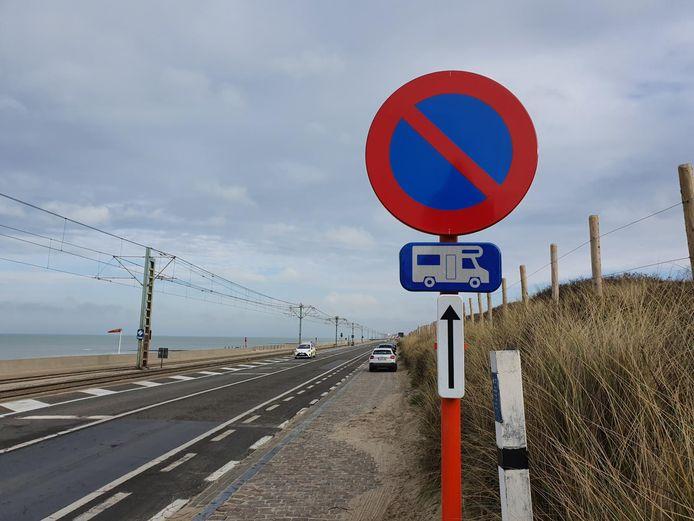 Kampeerwagens mogen niet langer parkeren langs de kustweg tussen Middelkerke en Oostende