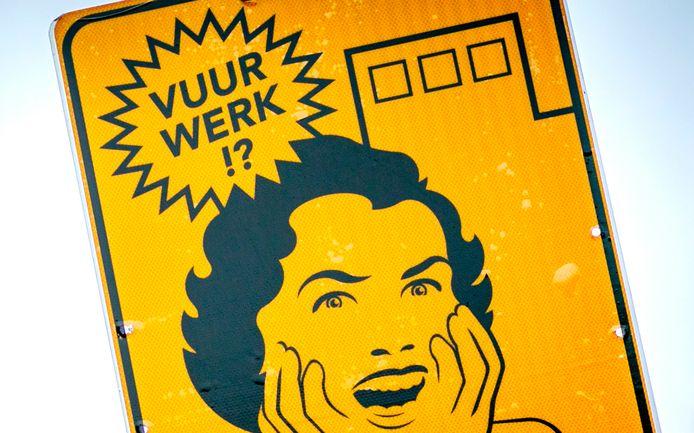 Een bord dat een vrijwillig vuurwerkvrije zone in Haarlem aanduidt. In zo'n zone geldt een vuurwerkverbod.