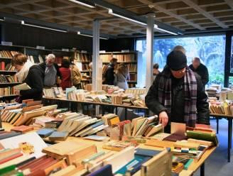 KU Leuven verkoopt boeken per kilo
