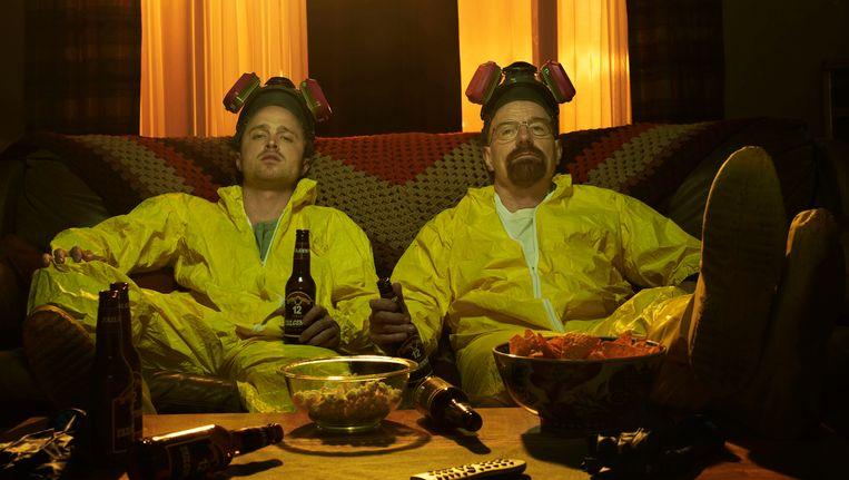 Jesse Pinkman (Aaron Paul, links) en Walter White (Bryan Cranston) uit de serie Breaking Bad Beeld REUTERS
