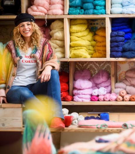 Trudie heeft een breiclub voor hippe mensen: 'Breien is als meditatie'