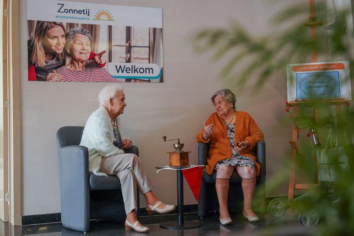 Illustratiebeeld. De kans is groot dat bezoekers van een woonzorgcentrum voortaan hun coronapaspoort zullen moeten tonen.