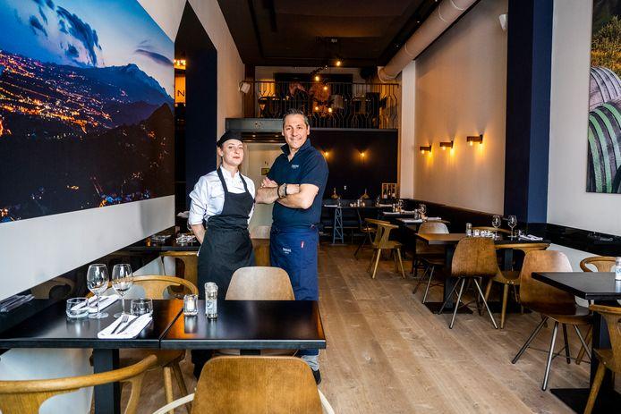 Chef-kok Serenella Lupi (l) en eigenaar Roberto Barbagallo.