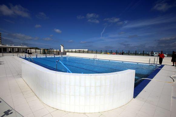 Het openluchtzwembad in Oostduinkerke