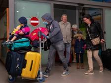 LEES TERUG   Nederlanders uit Tenerife geland in België, VS steken miljarden in bestrijding virus