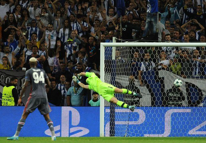 Casillas moest zich omdraaien.