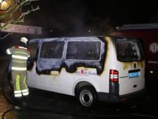 Taxibusje brandt helemaal uit in Veenendaal