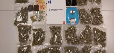 Politie betrapt verdachte tijdens drugsdeal