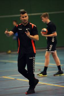 Handbal Houten start in alternatieve competitie: 'Jammer dat nieuwe spelers nog niet mogen aansluiten'