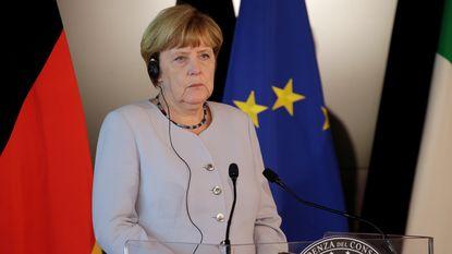 Merkel wil TTIP nog niet afschrijven