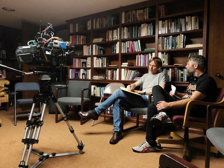 Cameraman Daniël Bouquet en regisseur Darius Marder op de set van Sound of Metal in Massachusetts Beeld -