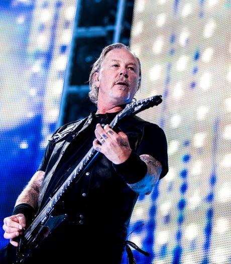 Miley Cyrus en Elton John op bijzondere heruitgave van Metallica's Black Album