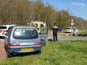 Scooterrijder naar ziekenhuis na ongeval in Enschede