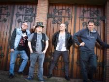 Peter Bruers pakt met Back to Sabbath muzikale liefde op