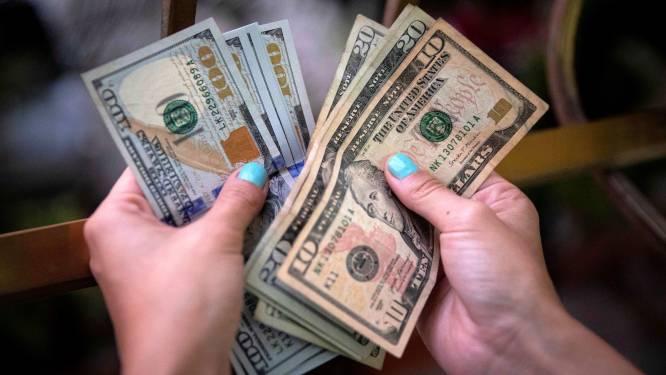 Amerikaanse vrouw opgepakt nadat ze 1,2 miljoen dollar uitgaf die per ongeluk op haar rekening belandde