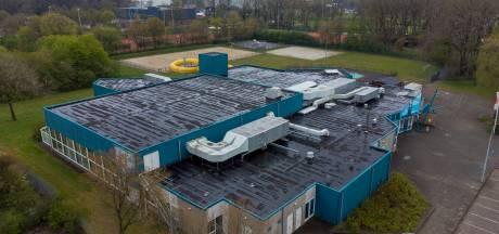 Eerst duidelijkheid over toekomst zwembad De Veldkamp in Wezep, dan pas praten over zonnepanelen