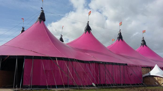 De grote tent.