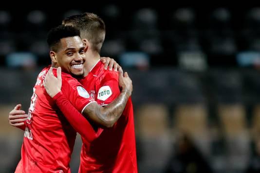 Een lachende Danilo na zijn laatste goal voor FC Twente, uit bij VVV-Venlo.