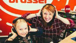 Lis is 6, schreef in haar vriendenboek dat ze later 'Linde Merckpoel' wil worden en zo geschiedde: ze maakten samen een uur radio!