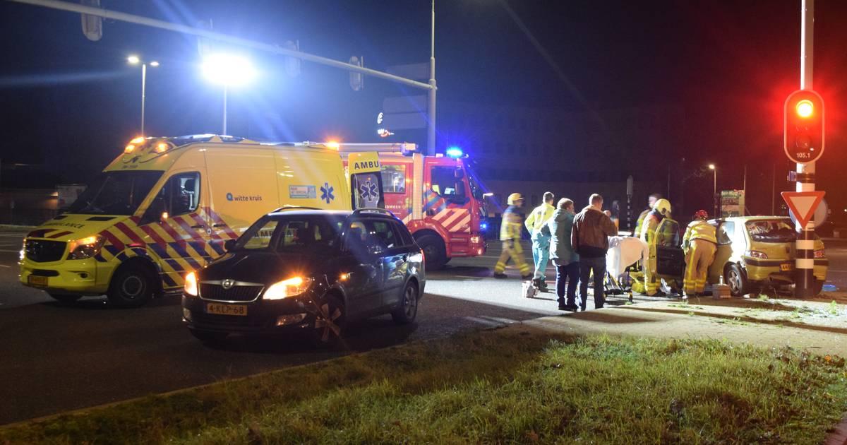 Drie gewonden na aanrijding tussen twee autos bij Eastermar.