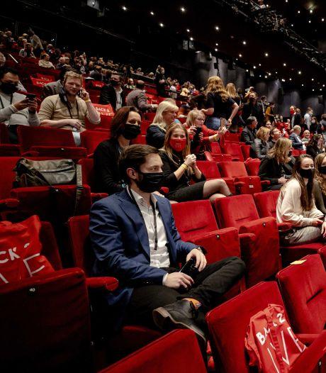 Met corona besmette medewerker van Utrechtse theaterproef kan opgelucht ademhalen