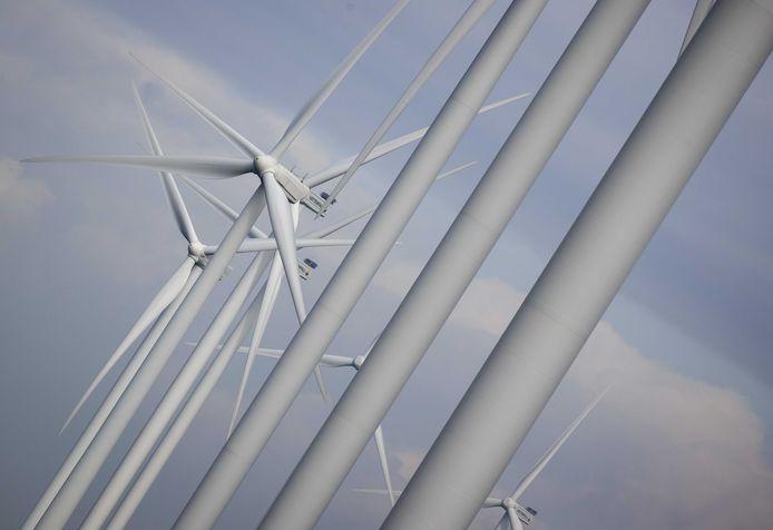 Fracties van vijf verschillende partijen in de Overijsselse Provinciale Staten willen billboards met bouwplannen op toekomstige windmolenlocaties zien.