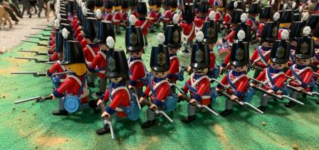 L'Empire napoléonien s'expose en figurines Playmobil à Waterloo