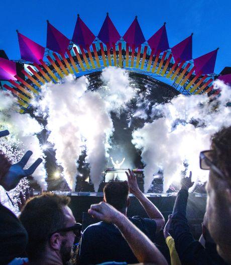ID&T: 'Waarom mag massale vakantie wel, en groter festival niet?'