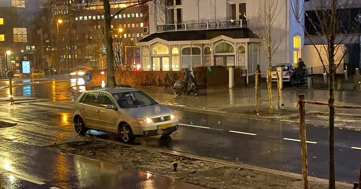 Meteen twee ongelukken na opening 'nieuwe' Raiffeisenstraat in Enschede.