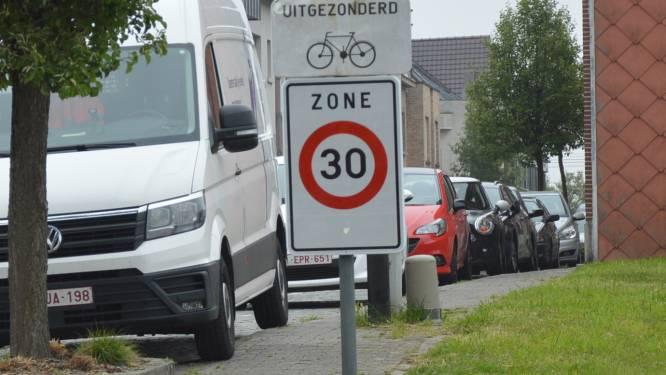 """Stad breidt zones 30 uit in Merksem en Ekeren: """"Fietsveiligheid en leefbaarheid zijn een prioriteit"""""""