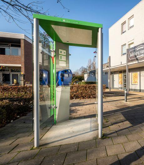 Gratis babbelbox of stoute bellijn: de allerlaatste telefooncellen van Zuid-Nederland staan hier maar gaan nu écht weg