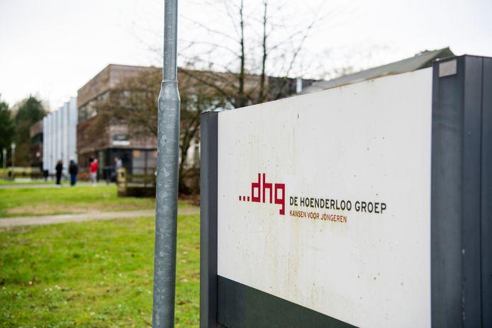 De inspectie constateerde dat Pluryn op geen enkele manier onderwijs bood aan de achtergebleven leerlingen die na 1 augustus nog bij het Hoenderloo College stonden ingeschreven.