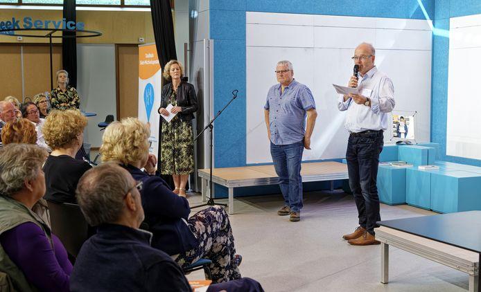 Toon Heijms vertelde donderdagmiddag bij de opening van het Taalhuis in Sint-Michielsgestel hoe hij zijn laaggeletterdheid aanpakte en hoe bevrijdend dat voor hem werkte.