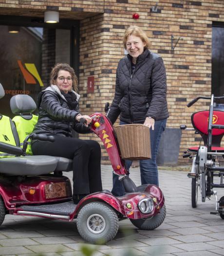 Pilot moet ouderen in Overdinkel weer de deur uit helpen